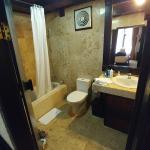 Photo de Hotel Tjampuhan & Spa