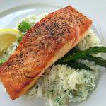 Salmon with asparagus and rice
