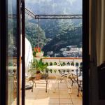 이탈리아 여행 중 최고였던 숙소! 가격은 저렴한데 정말 넓고 쾌적한 방이었어요! 특히 테라스가 있고 화장실도 넓고 깨끗해서 좋았어요. 그리고 조금 걸어서 내려가면 맛 좋은