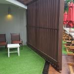 my patio area with sliding door.......pool 20 mtrs away