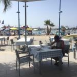 Photo de Limanaki Beach Hotel