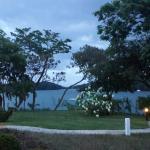 Jardines frente restaurante