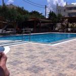 Heerlijk relaxen bij de poolbar