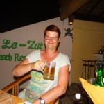 Lezat Beach Restaurant Foto