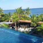 the beachfront pooltop room