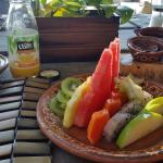fruit included in the Americano gringo especial breakfast