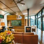Luxury Mountain View Lodge