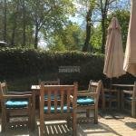 Terrasse-jardin du restaurant, splendide.