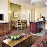 Suite Living, Kitchen & Dining
