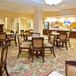 Photo de Holiday Inn Express Hotel & Suites Jasper