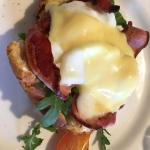 Best Breakfast, Genuine Friendliness & perfect Location at Bambury's Guesthouse