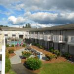 Photo de Howard Johnson Inn & Suites Tacoma Near McChord AFB