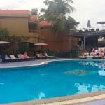 Photo de Whispering Palms Beach Resort