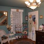 Alexander House Booklovers Bed and Breakfast Photo