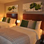 chambre confort 2 lits / comfort room with two double beds
