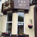 Foto di By The Park Cafe & Deli