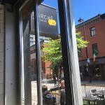Marche 27 Tartare Bar