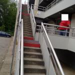 Je ne vois pas comment peut passer un fauteuil roulant à cet endroit