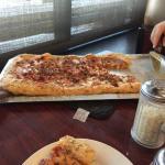 صورة فوتوغرافية لـ Fox's Pizza Den