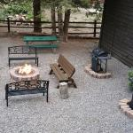 Nice fire pit and lounging area. Very relaxing.