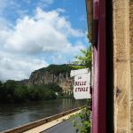 ドルドーニュ川を眺められる部屋を指定