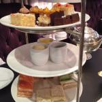 High tea with truffled mac & cheese!