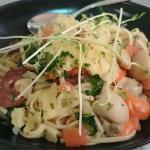 Chorizo & local scallop linguini