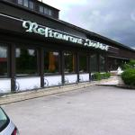 Fensterfront des Restaurants Jagdhof in Bad-Wörishofen-Ortsteil Schlingen