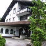 Haupteingang zum Jagdhof in Bad Wörishofen Ortsteil Schlingen