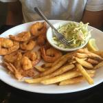Fried shrimp platter - excellent! Fish & Chips - fresh! Bourbon glazed salmon - delish!