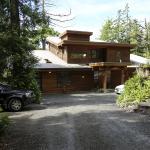 He-Tin-Kis Lodge