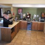 These shots are to show how pleasant was our stay at Econo Lodge in Kearney Nebraska location. T