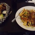 Photo de De'd Dog Bar and Grill