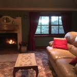 Beautiful stay. Cosy, relaxing, romantic weekend away. Very welcoming hosts. Will definitely rec