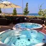Jacuzzi Lounge