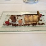 Gefrohrenes Tiramisu zum Dessert