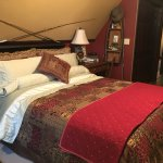 Hartzell House Bed and Breakfast Photo