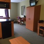 Photo de Stay Beyond Inn & Suites