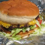 Good New Mexico Green Chile Cheeseburger.