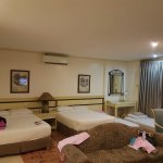 The executive suite can accommodate even up to 8-10 pax
