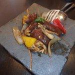 牛フィレ肉の黒胡椒風味炒め