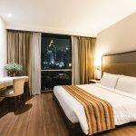 曼谷阿德爾菲套房酒店