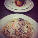 Arancini con Mozzarella e Basilico(fried risotto balls)&Linguine ai Frutti di Mare(seafood lingu