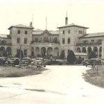 ANTIGUO HOTEL COUNTRY CLUB: famoso hotel , que se inició como el bar de los golfistas.