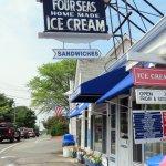 Photo of Four Seas Ice Cream