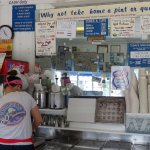 Foto di Four Seas Ice Cream