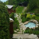 Spas et vue de la piscine