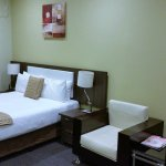 BEST WESTERN Airport Motel & Convention Centre Photo