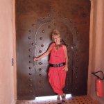 Magnifique porte en métal qui dessert les chambres du 1er étage