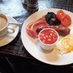 Full breakfast & Coffee at 'Salt & Pepper - Monmouth (14/Jun/16).